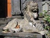 Denpasar - Au hasard des rues, temple, statue
