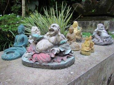 Ubud - Au hasard des rues, statues