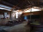 Thakek - The loop - Sur le chemin de la grotte 'Tham Xieng Liab', école
