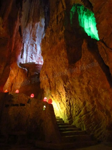 Danang - Thuy Son (Mountain of Water) - Grotte 'Am Phu cave'