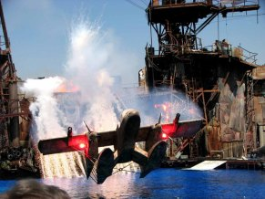 Californie - Los Angeles - Hollywood Studio - Amusement Park - Spectacle 'Waterworld'