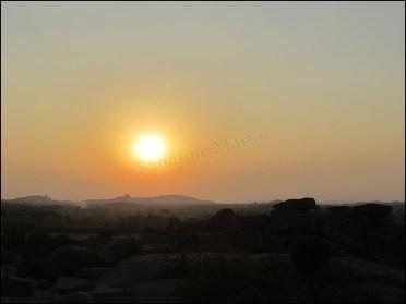 Hampi - Colline Hemakuta, coucher du soleil